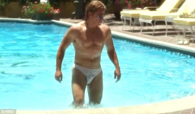 Matt Damon, Michael Douglas, sem camisa, HBO
