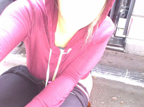Kesha, Ke$ha, Twit Pic