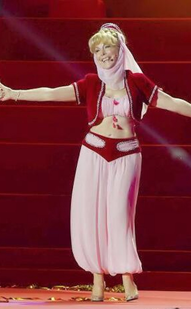 Barbara Eden Flaunts I Dream Of Jeannie Costume At 78 E