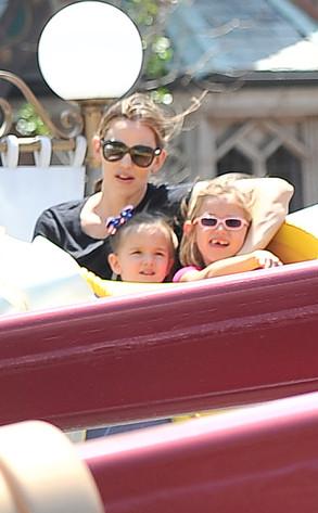 Jennifer Garner, Violet Affleck, Seraphina Affleck.