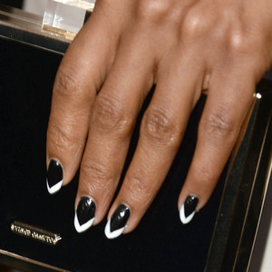 Kerry Washington, Mani