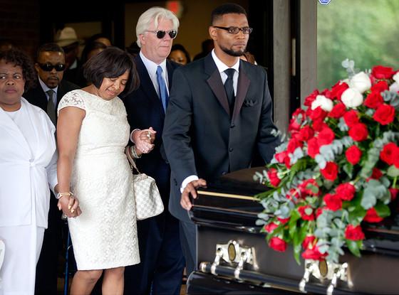 Donna Kelly Pratte, Kris Kross , Chris Kelly, Funeral
