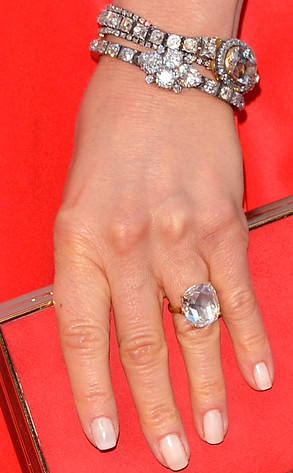 Jennifer Aniston, Engagement Ring