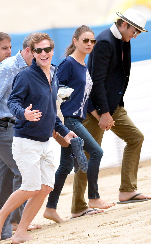 Mila Kunis, Ashton Kutcher, Dave Clark, St. Tropez
