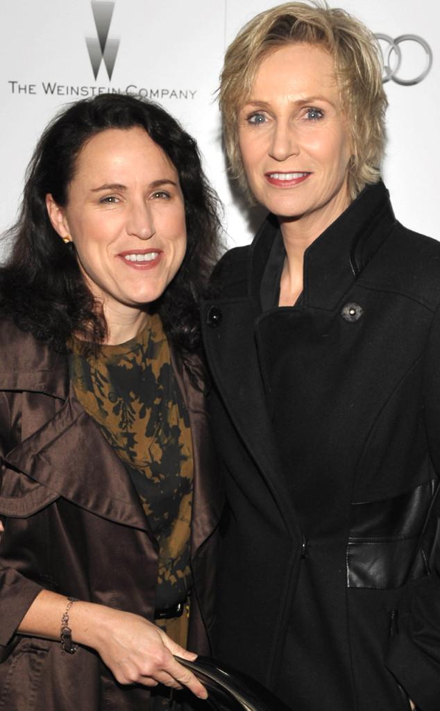 Jane Lynch Divorce Finalized Ex Lara Embry Gets 1 2