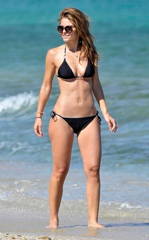 Maria Menounos Shows Off Bikini Body In Greece E News