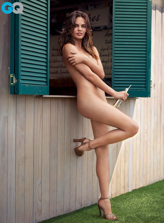 Chrissy Teigen Strips Completely Naked In Photoshoot