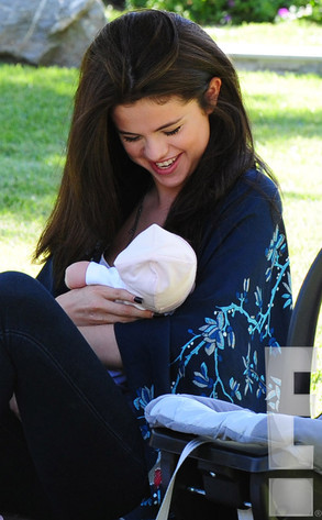 Selena Gomez, Mom, Gracie Elliot