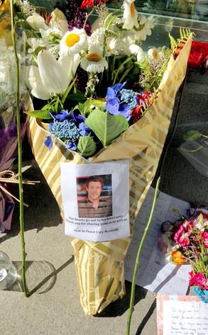 Cory Monteith Memorial, Hotel