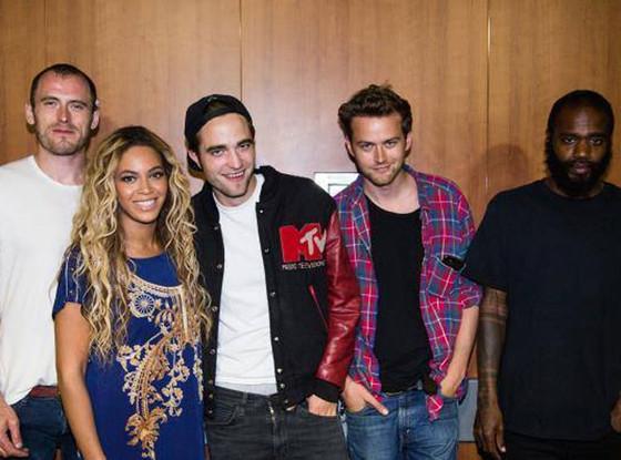 Robert Pattinson, Beyonce