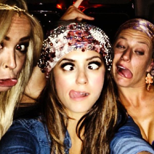 Julianne Hough, Selena Gomez, Party