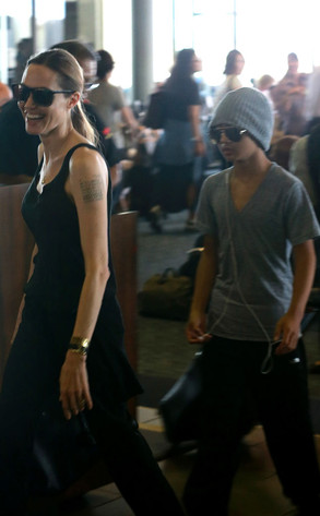 Angelina Jolie, Pax, Maddox