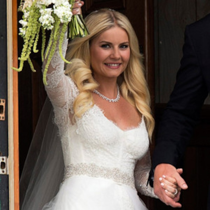 Elisha Cuthbert Wedding.Elisha Cuthbert S Wedding Dress See The Pic E News