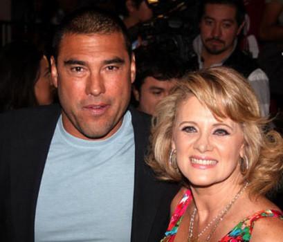Erika Buenfil y Eduardo Yañez