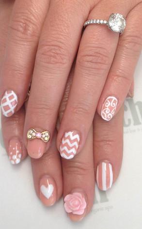 Jennifer Love Hewitt, Nails