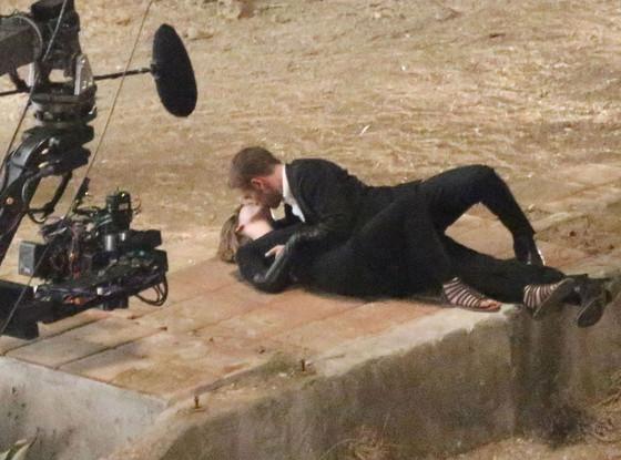 Robert Pattinson, Mia Wasikowska