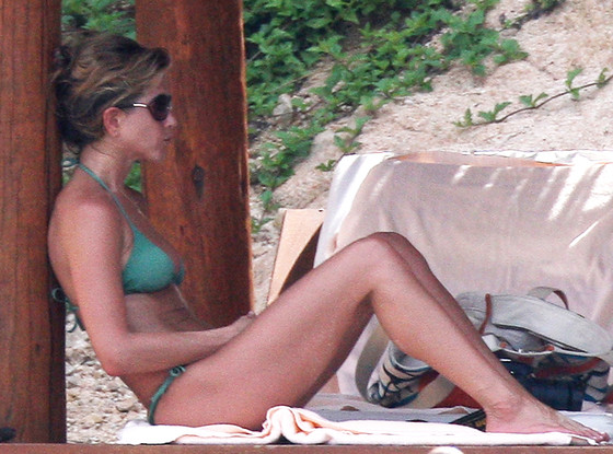 Jennifer Aniston, Bikini