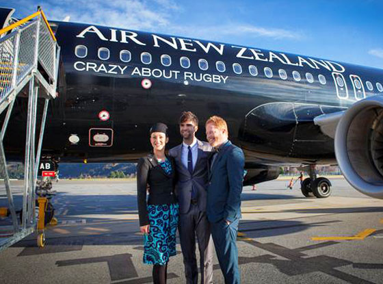 Jesse Tyler Ferguson, Air New Zealand