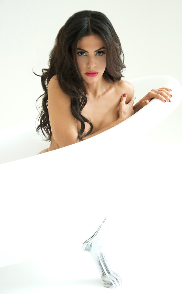 Real Housewives of Miami Star Adriana De Moura Poses Naked