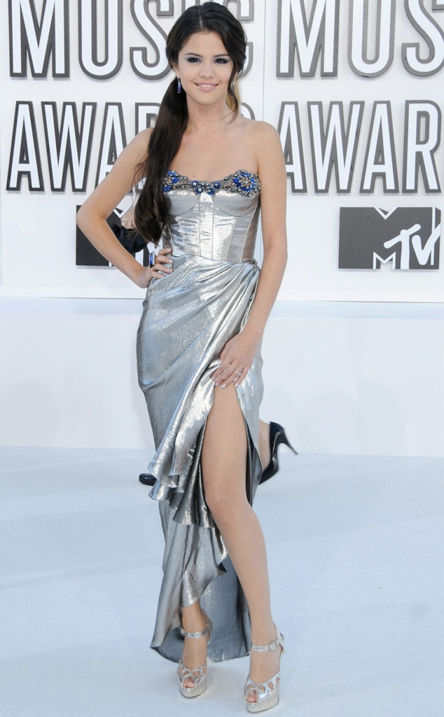 Selena Gomez, Memorable VMA Fashion