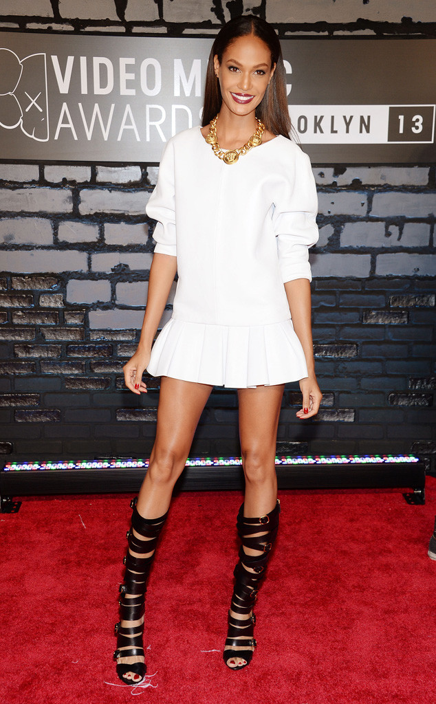 MTV Video Music Awards, Joan Smalls