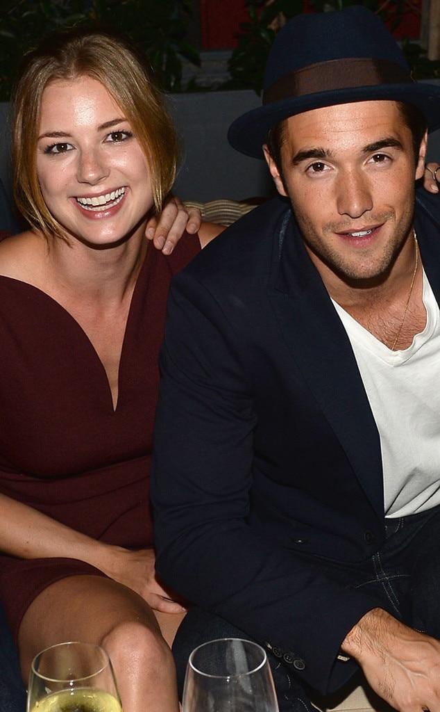 Revenge cast members dating