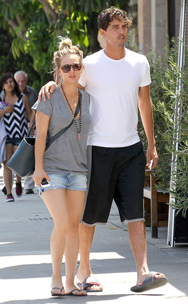 Sorry, Superman! Kaley Cuoco Steps Out With Ryan Sweeting ...