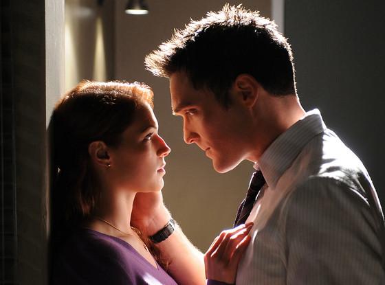 The Mentalist: Amanda Righetti and Owain Yeoman Exit the CBS