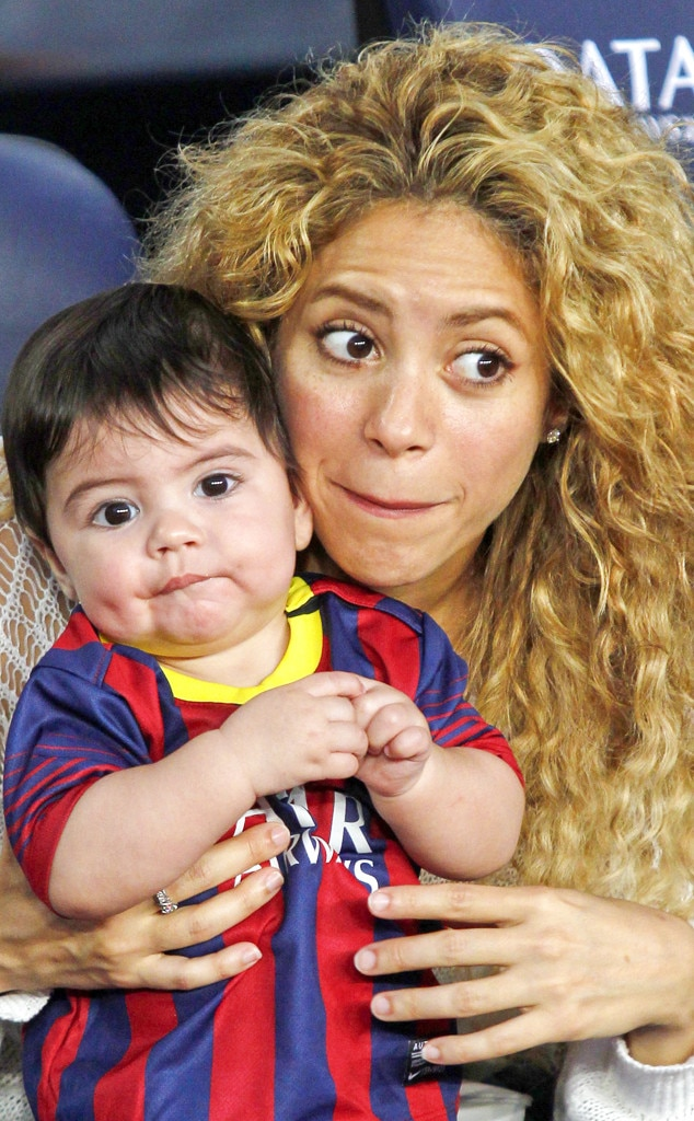 Shakira  Milan From The Big Picture Todays Hot Photos -1906