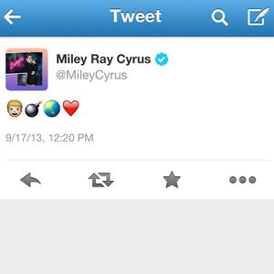 Miley Cyrus, Tweet