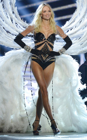 Lindsay Ellingson, Victoria's Secret