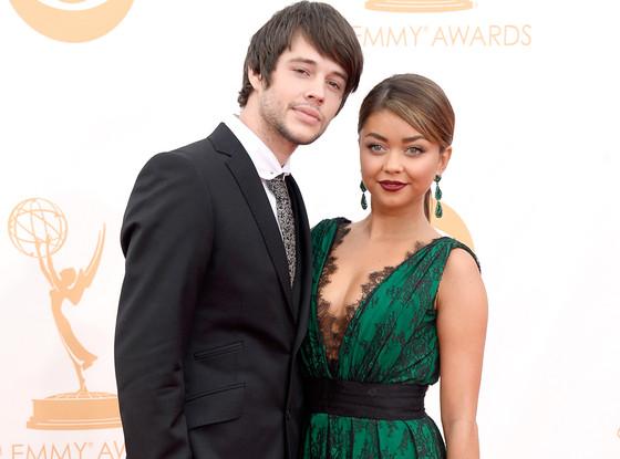 Sarah Hyland posing on Emmy Awards red carpet with her then-boyfriend, Matthew Prokop