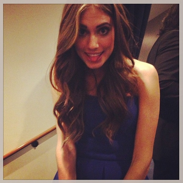 Allison Williams, Emmy Awards, Instagram