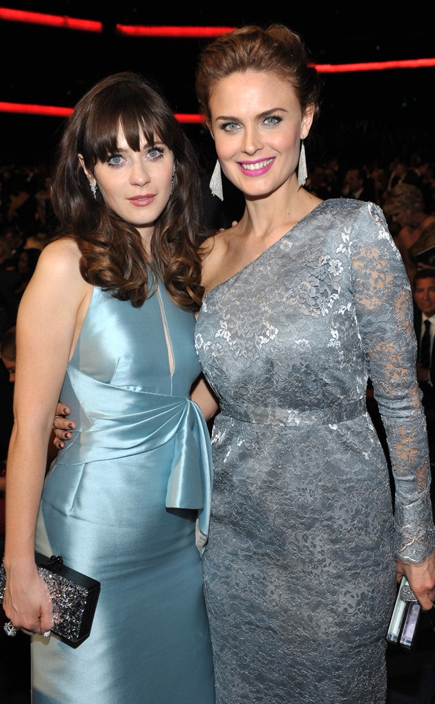 zooey amp emily deschanel from 2013 emmys stars in the