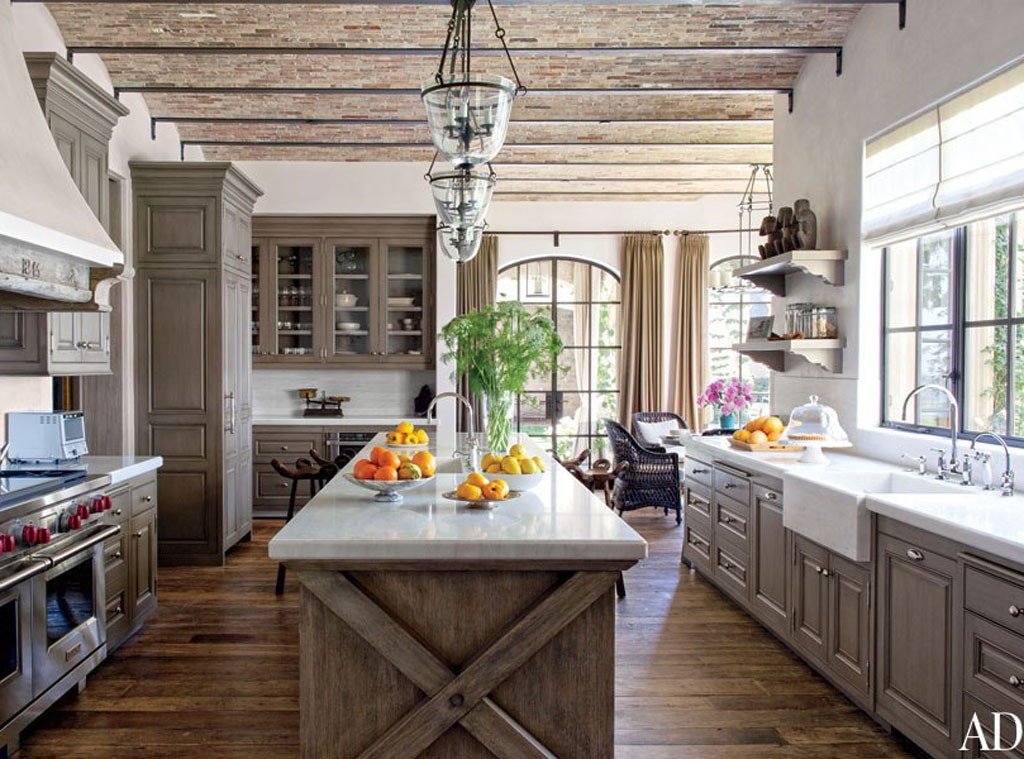 Kitchen from tom brady and gisele b ndchen 39 s eco friendly - Cuisine moderne images architectural digest ...