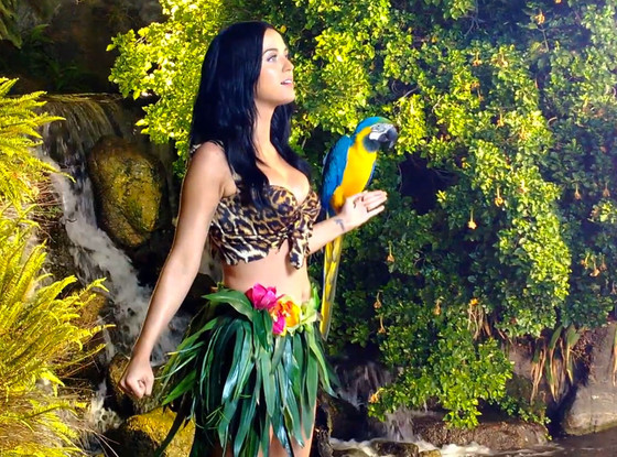 Go Behind the Scenes of Katy Perry's Roar! | E! News