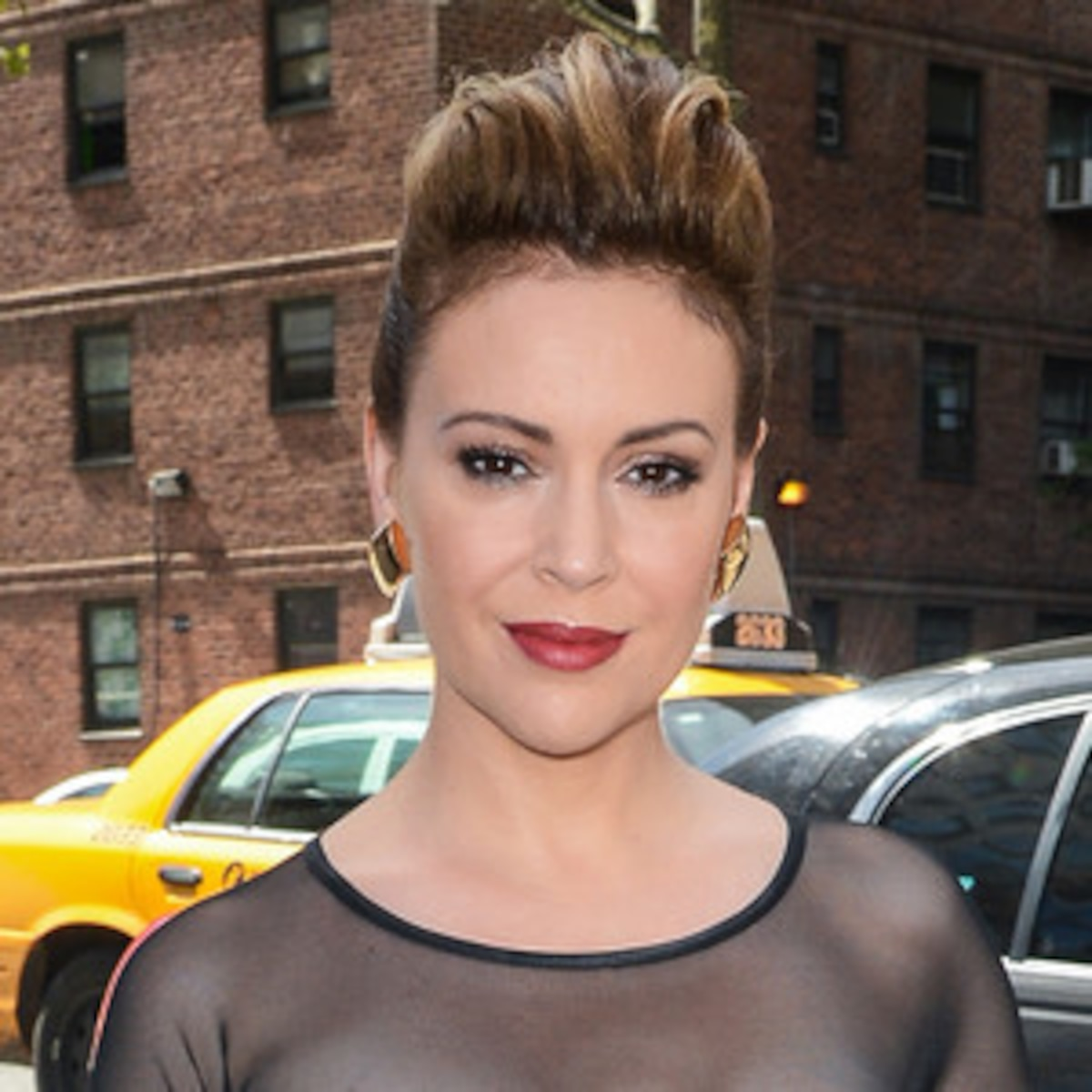Alyssa Milano Leaked Photos alyssa milano flaunts cleavage, explains leaked sex tape | e