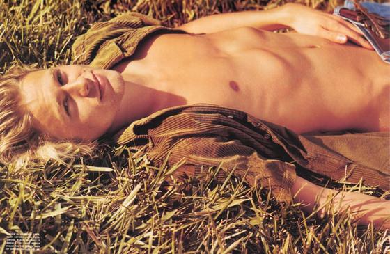 Charlie Hunnam, L'Uomo Vogue