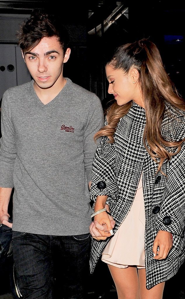 Who is ariana grande dating wdw cast