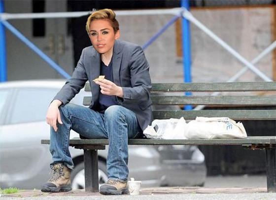 Miley Cyrus, Miley Cyrus 40 anos