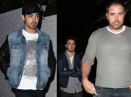 Kevin Jonas, Joe Jonas, sober coach, Mike Bayer