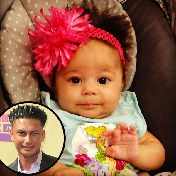 Pauly D And His Daughter 2015