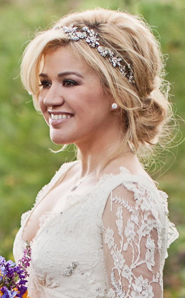 kelly clarkson's romantic bridal hair: all the details! | e