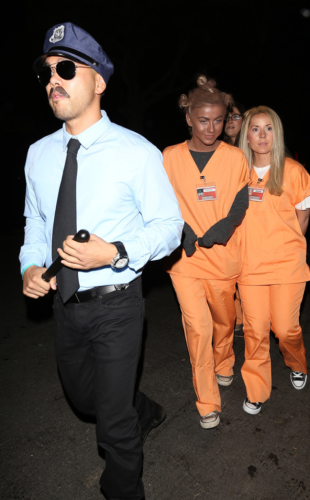 Julianne Hough Goes Blackface For Halloween Costume E Online