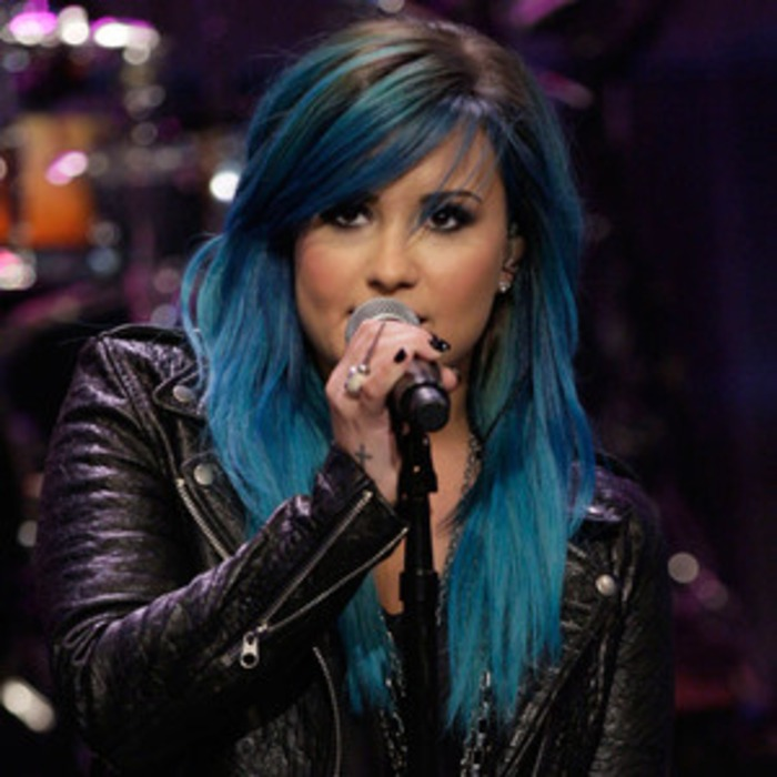 Demi Lovatos Blue Hair Inspiration She Looked Up Pictures On