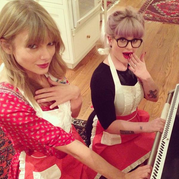 Kelly Osbourne and Taylor Swift Bake Chocolate Peppermint ...Kelly Osbourne Instagram