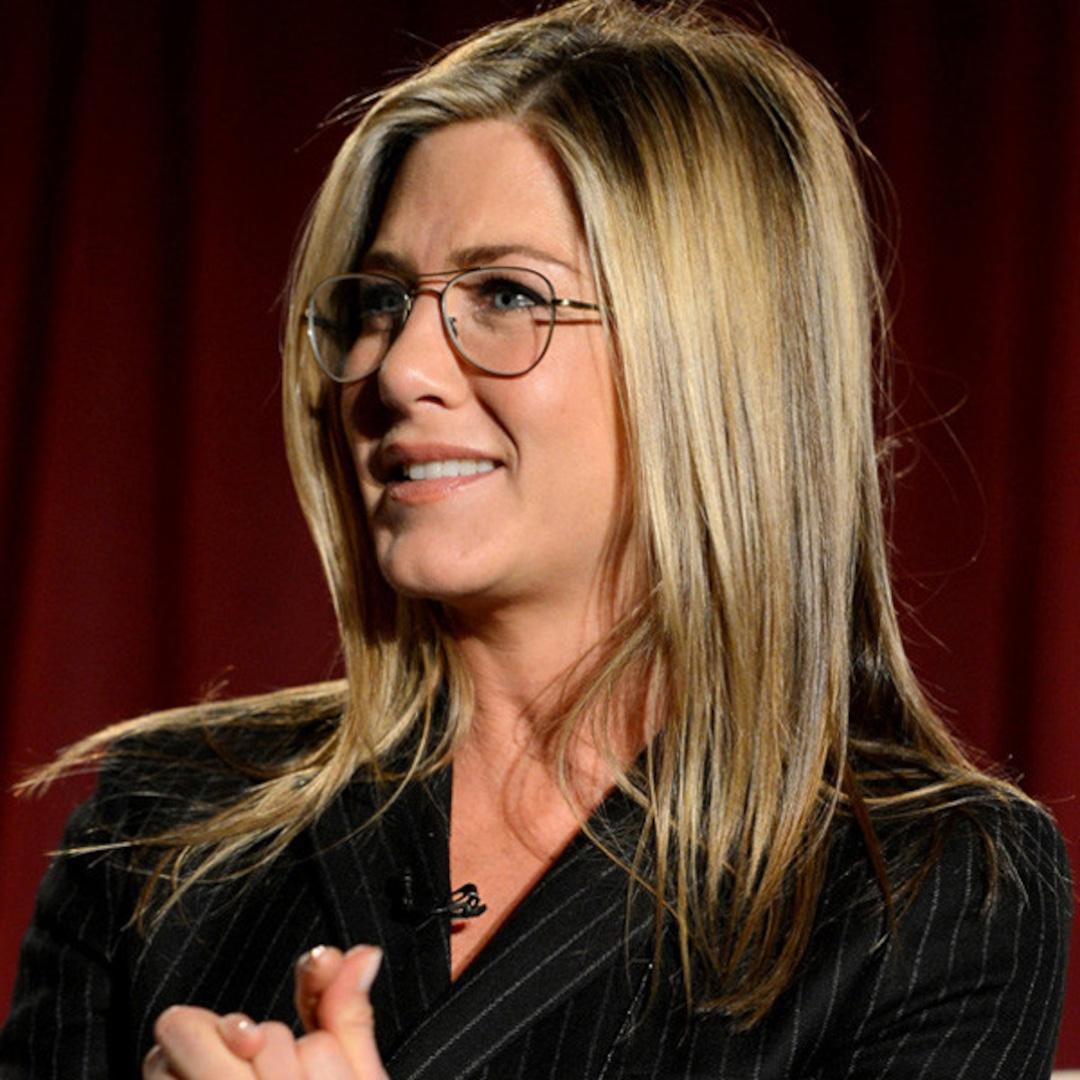 See Jennifer Aniston S Pinstripe Suit Glasses Look E Online Au