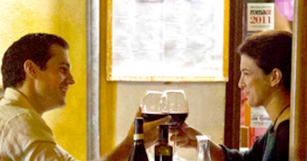 Henry Cavill and Ex-Girlfriend Gina Carano Reunite in Rome ...