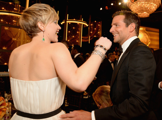 2014 Golden Globes: Jennifer Lawrence, Bradley Cooper Share the Love and Other Candid Moments