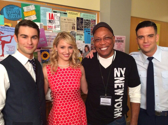 Chase Crawford, Dianna Agron, Mark Salling, Paris Barclay, Glee, Twitter